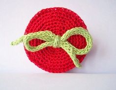 Red circle with bow/ crocheted pin/ brooch by ArigigiArt on Etsy, $18.00