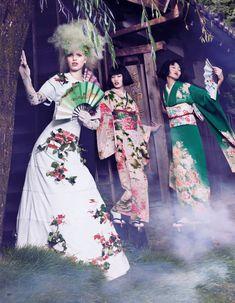 """""""The Secret Chatter Of Golden Monkeys"""" : Daphne Groeneveld : Vogue Japan November 2012 : Mark Segal"""