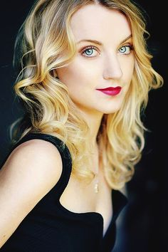 Evanna Lynch.