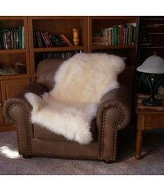 Sheepskin Decor Rug furrugs.com