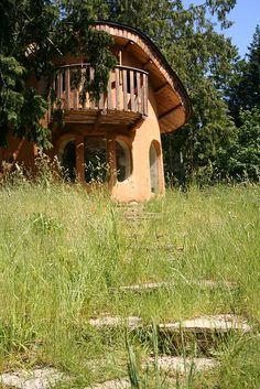 another Mayne Island Cob House
