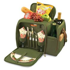wine, pines, insul cooler, pine green, malibu, picnics, picnic time, delux picnic, picnic baskets