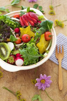 FATTY LIVER DIET SALAD - Everything Springtime Salad. Reverse, treat & cure fatty liver disease by following a raw food liver cleansing detox diet. Learn how to do an advanced LIVER FLUSH the #1 natural fatty liver disease treatment/cure in the world. https://www.youtube.com/watch?v=EC9ewx7LsGw I LIVER YOU