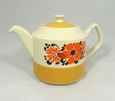 Vintage Tea Pot  Ceramic  Retro Teapot  by FeedYourSoulThreads, $18.00