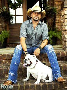 if you don't find this picture to be attractive, you really need to reevaluate your life up until this point okay jason aldean you are flawless