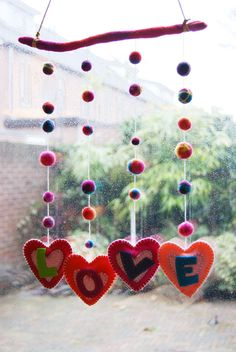 Valentines Day LOVE Hearts Mobile: DIY Tutorial....This is why I need to learn how to sew!!!
