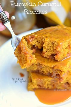 Pumpkin Caramel Blondies -willcookforsmiles.com. This sounds so delicious warm.... #Pumpkin #WerthersCaramel #Caramel