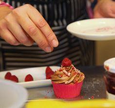 Bocadosdecielo: KMix y cupcakes de vainilla con frambuesa y chocolate