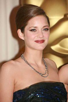 Marion Cotillards Academy Awards Hairstyle