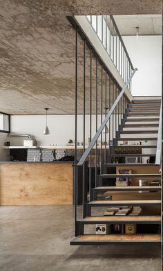 Office + House Luna | Hitzig Militello arquitectos; Photo: Federico Kulekdjian | Archinect