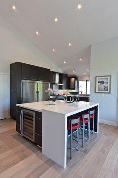 Modern & Contemporary Kitchen