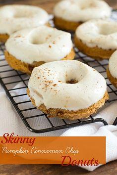 Skinny Pumpkin Cinnamon Chip Donuts with Maple Cream Cheese Glaze  www.themessybakerblog.com #pumpkin