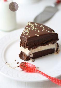Chocolate vanilla frozen cake - La Receta de la Felicidad