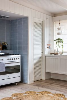 The Melbourne kitchen of Simone Haag, via design files