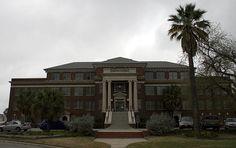 Jefferson Davis hospital aka elder street artists lofts... the most haunted place in Houston possibly Texas! haunted places in texas, haunt place, street artist