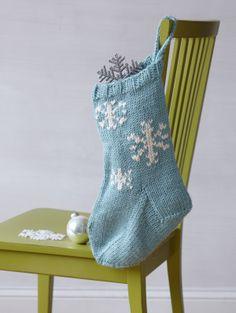 Free Knitting Pattern: Festive Snowflake Stocking