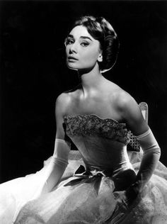 Audrey Hepburn vintag, peopl, icon, fashion, style, audrey hepburn, audreyhepburn, gown, beauti