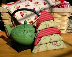 """The Christmas Tree"""" Napkin Fold - Revisited"""