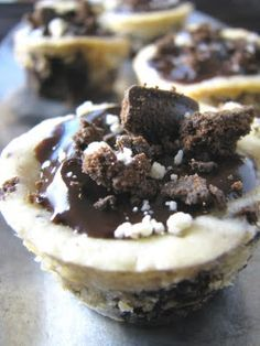 Girl Scout Thin Mint Cookie Cheesecake Cups  #girlscoutcookierecipes