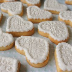 Really simple wedding cookie idea - good for large scale orders.