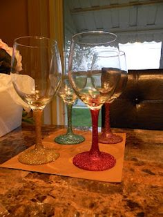 DIY: Glitter Wine Glasses; maybe ill make these for some Christmas gifts