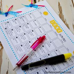 FREE summer activity calendars for things to do with the kids!