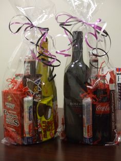 Actual gift bags for costume prizes