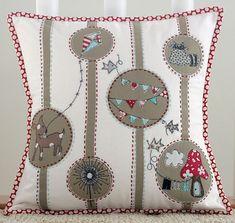 sew, idea, craft, quilt, pillow talk, cushions, appliques, little miss, pillows