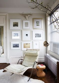 interior, reading corners, living rooms, frame, galleri, white walls, gallery walls, picture walls, art walls