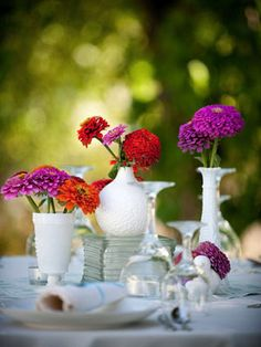 Milk glass <3 #receptiondecor #centerpieces