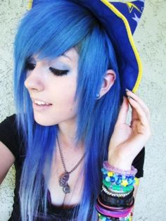 Leda is like one of the queens of awesome hair...just sayin'