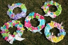 Tissue Paper Easter Wreaths are such an easy way to add something colorful to your front door. Even toddlers can help with this one!