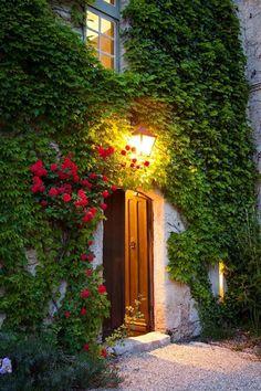 Lantern Entry, England