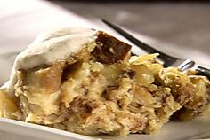 Slow Cooker Apple Pie Bread Pudding
