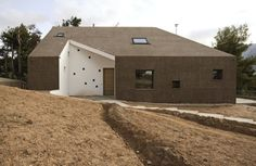 Paan Architects - Hill House - 2012