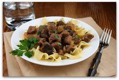 Slow Cooker Beef Stroganoff | Recipe Girl