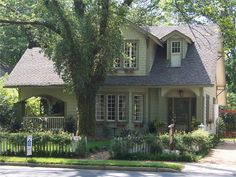 1920s and 30s craftsman bungalows and four squares | OldHouses.com - 1920 Craftsman Bungalow - 2004 Local Historic District ...