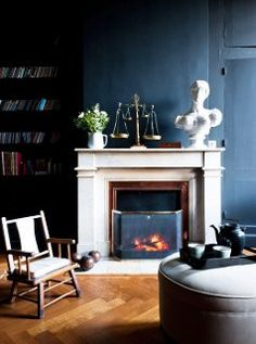 Loving this sooty black accent wall.
