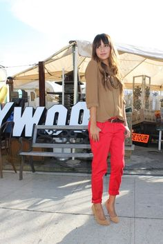 jean, fashion, style, color combos, outfit, color combinations, bright colors, tan, red pants