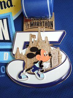 Disneyland Half Marathon 2010! I <3 RunDisney!!