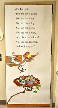 I lOVE this door decoration for preschool teachers on Teacher Appreciation week!!