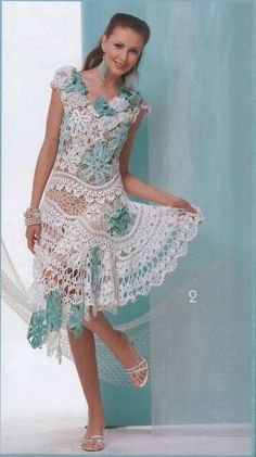 This beautiful crochet motif dress has it all, diagram and positioning diagram