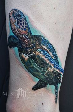 Amazing and realistic #turtle #tattoo designs by Mike Devries. - #tattoos