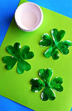 DIY Cup­cake Liner 4-Leaf Clovers (fun craft for st. patrick's day!)