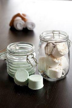 Homemade bath bombs & fizzes for sick kiddos.