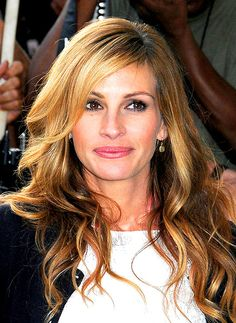 hair colors, layered hairstyles, celebrity hairstyles, long hairstyles, side bang, julia roberts, long layered hair, wavy hairstyles, long hair styles
