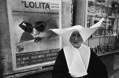 Palermo, Sicília, em 1964. Foto de Bruno Barbey (Magnum Photos)