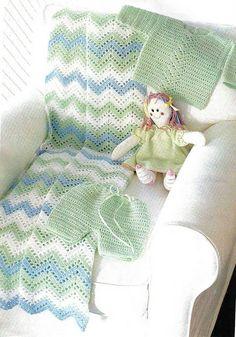 Mantita y conjunto para bebé a crochet. Instrucciones en Español y diagrama de punto.