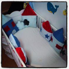 tour de lit on pinterest tour de lit cot bumper and cushions. Black Bedroom Furniture Sets. Home Design Ideas