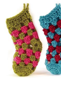 Crochet some super cute Mini Stockings with this easy tutorial. - great for beginners! | shop supplies @joannstores